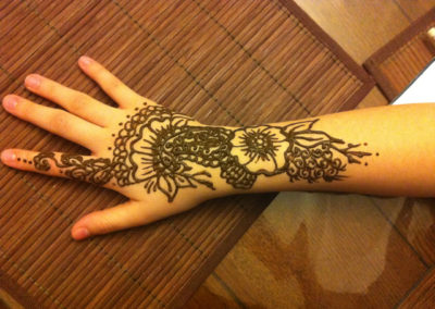 Paisley and flower henna design