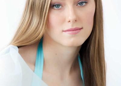 Airbrush prom makeup